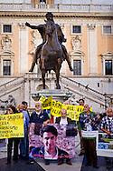 Roma 15 Ottobre 2015<br /> La Rete No War insieme con cittadini yemeniti manifesta in piazza del Campidoglio contro l'Arabia Saudita per l'intervento millitare nello Yemen, per il suo sostegno al terrorismo in Siria e Iraq e per la condanna alla decapitazione e crocifissione di Ali al-Nimr.<br /> Rome 15 October 2015<br /> Network No War together with Yemeni citizens manifested in Campidoglio square against Saudi Arabia for the millitary intervention in Yemen, for its support of terrorism in Syria and Iraq and for the sentence to beheading and crucifixion of Ali al-Nimr.