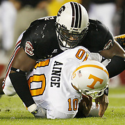 South Carolina's Jasper Brinkley wraps up Tennesse quarterback Erik Ainge during second-quarter action in Columbia, S.C.  on Saturday, Oct. 28, 2006.  (Travis Bell/Sideline Carolina)