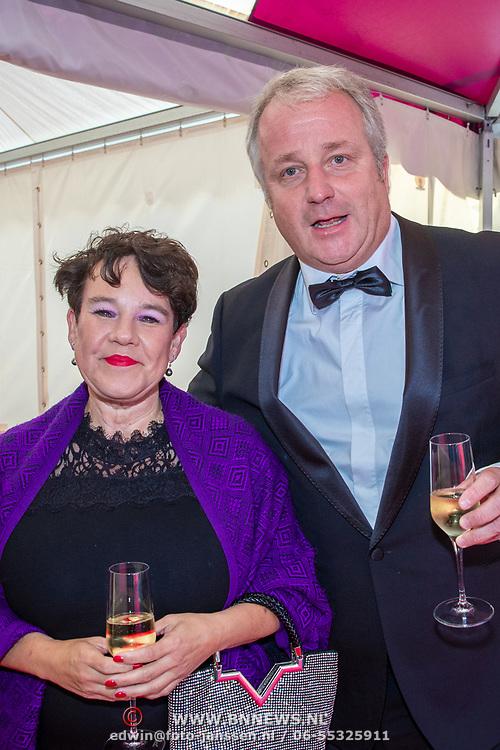 NLD/Amsterdam/201905225 - Amsterdamdiner 2019, Sharon Dijksma en partner Thomas Windmulder