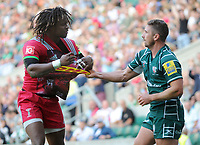 Rugby Union - 2017 / 2018 Aviva Premiership (London Double Header) - London Irish vs. Harlequins<br /> <br /> Marland Yarde of Quins has his shirt pulled by Brendan McKibbin after Yarde had just dived over for his try at Twickenham.<br /> <br /> COLORSPORT/ANDREW COWIE