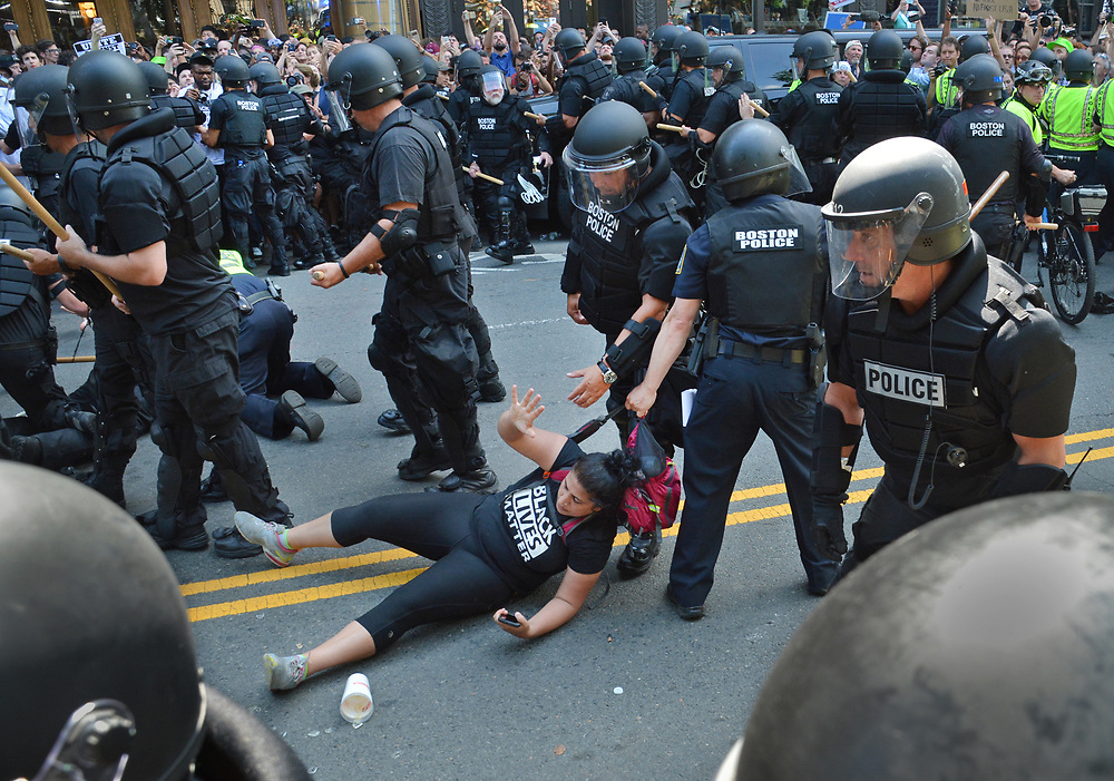 (Boston, Ma 081917) Police arrest demonstrators on Boylston Street after freedom of speech speakers were transported from the common by police wagon. August 19, 2017  Staff photo by Chris Christo