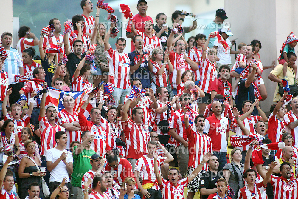27.08.2010, Stade Louis II, Monaco, MON, UEFA Supercup, Inter Mailand vs Athletico, im Bild Athletico Fans, EXPA Pictures © 2010, PhotoCredit: EXPA/ InsideFoto/ Prater *** ATTENTION *** FOR AUSTRIA AND SLOVENIA USE ONLY! / SPORTIDA PHOTO AGENCY