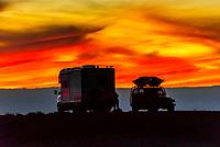 Camping at the Bisti Badlands, Bisti/De-Na-Zin Wilderness, New Mexico USA.