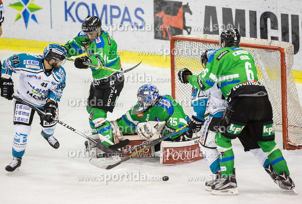 v.l. Olivier Latendresse (Black Wings Linz), Maks Selan (HDD Olimpija), Oliver Roy (HDD Olimpija)