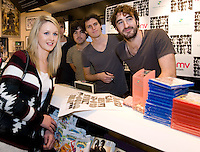 HMV welcomed The Coronas to HMV Galway  for a live performance and to sign copies of their highly anticipated third album Closer To You. Photo:Andrew Downes.