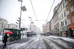 07.02.2018, Innenstadt, Graz, AUT, Schnee in Graz, im Bild der Hauptplatz am 7. Februar 2018, EXPA Pictures © 2018, PhotoCredit: EXPA/ Erwin Scheriau
