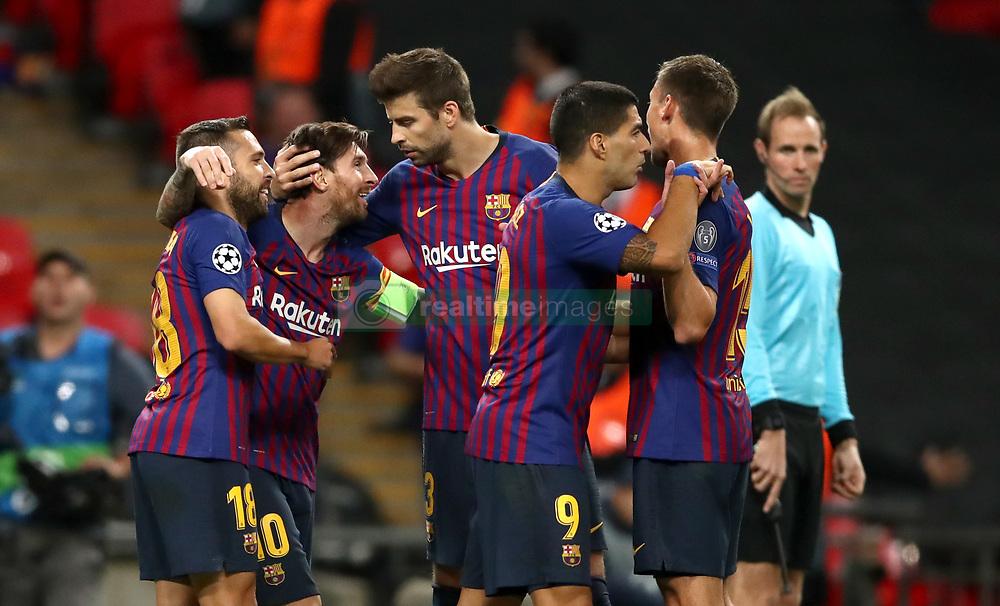 صور مباراة : توتنهام - برشلونة 2-4 ( 03-10-2018 )  38928636