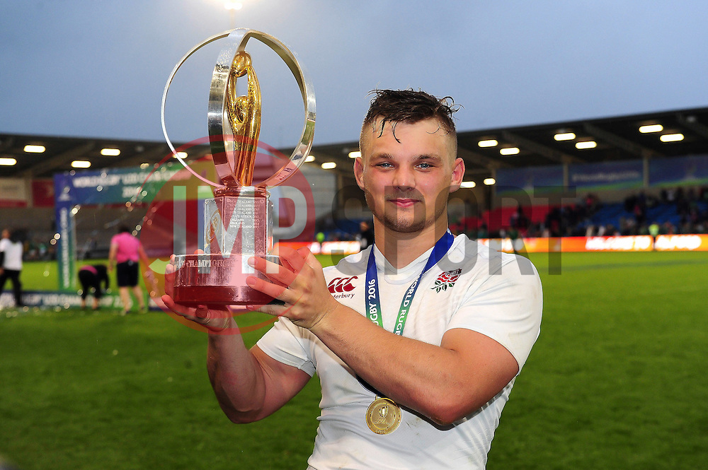 Will Evans of England U20 poses with the World Rugby U20 Championship trophy - Mandatory byline: Patrick Khachfe/JMP - 07966 386802 - 25/06/2016 - RUGBY UNION - AJ Bell Stadium - Manchester, England - England U20 v Ireland U20 - World Rugby U20 Championship Final 2016.