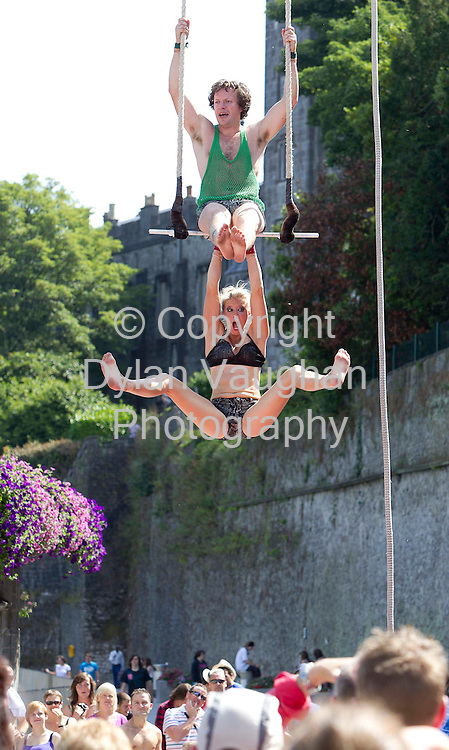 15/8/2010.Free picture no charge for use.Tina Machina and Kenneth Fall of Up Above pictured in Kilkenny yesterday as part of the Kilkenny Arts Festival..Photograph Dylan Vaughan.