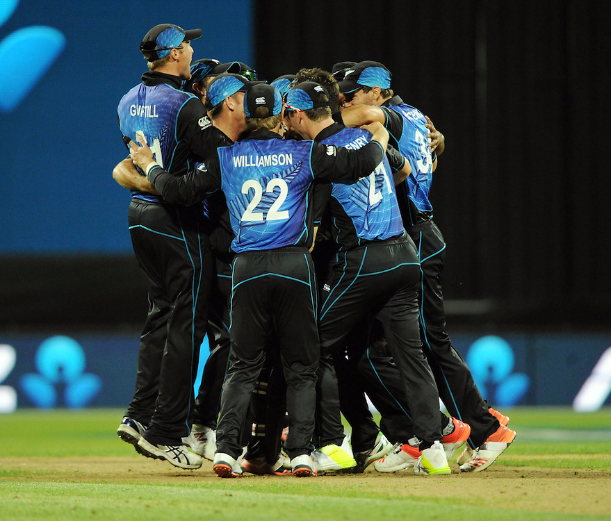 New Zealand celebrate their 36 run win and series win over Australia in the 3nd One Day International Cricket match at Seddon Park, Hamilton, New Zealand, Monday, February 08, 2016. Credit:SNPA / Ross Setford