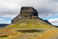 Islande. Mont Raudabergsheidi. // Iceland. Mont Raudabergsheidi.