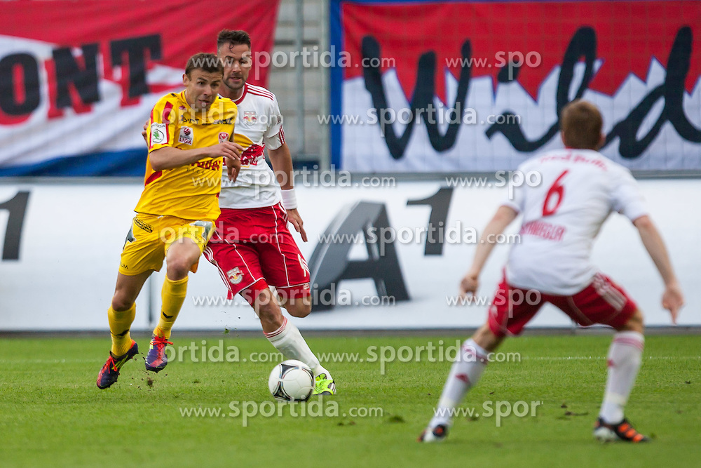 "10.05.2012, Red Bull Arena, Salzburg, AUT, 1. FBL, Red Bull Salzburg vs KSV 1919, 34. Spieltag im Bild Michael Hanek, (Kapfenberger SV 1919, #34),Stefan Maierhofer, (Red Bull Salzburg, #9), Christian Schwegler, (Red Bull Salzburg, #6),// during the Austrian ""Bundesliga"" Match, 34th Round, between FC Red Bull Salzburg and KSV 1919 at the Red Bull Arena, Salzburg, Austria on 2012/05/10. EXPA Pictures © 2012, PhotoCredit: EXPA/ Juergen Feichter"