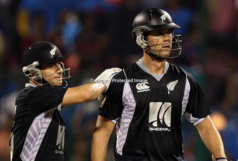 New Zealand batsman James Franklin and Nathan McCullum during the 4th ODI match India vs New Zealand Played at M Chinnaswamy Stadium, Bangalore, 7 December 2010 - day/night (50-over match)