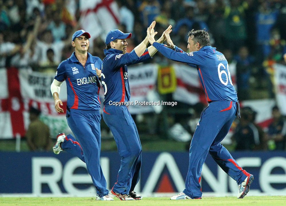 Graeme Swann of England  celebrates the wicket of Mahela Jayawardene during the ICC World Twenty20 Super Eights match between England and Sri Lanka held at the  Pallekele Stadium in Kandy, Sri Lanka on the 1st October 2012<br /> <br /> Photo by Ron Gaunt/SPORTZPICS
