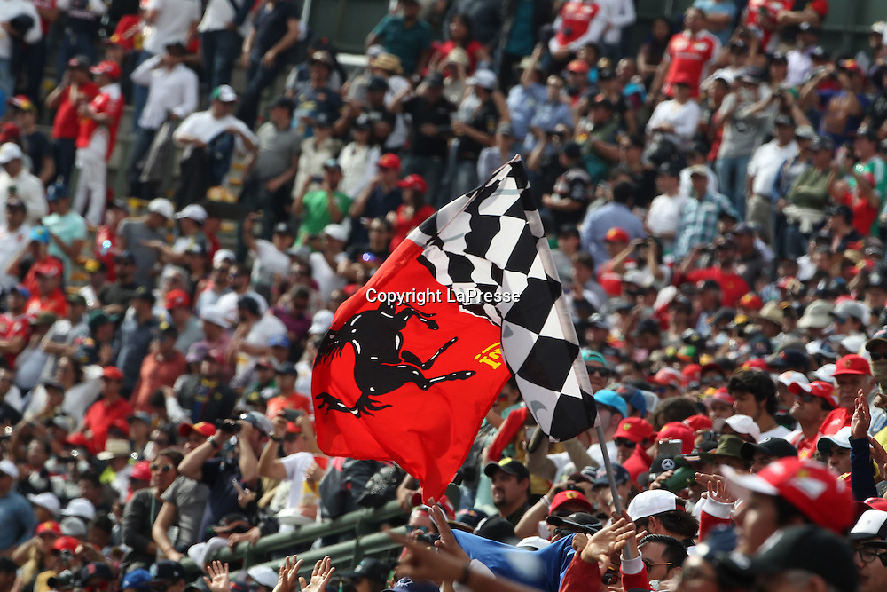 &copy; Photo4 / LaPresse<br /> 30/10/2016 Mexico City, Mexico<br /> Sport <br /> Grand Prix Formula One Mexico 2016<br /> In the pic: Atmosphere, Ferrari flag