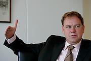 THE NETHERLANDS-THE HAGUE-August 10, 2005. Minister de Geus. Photo: Gerrit de Heus. Den Haag. 10/08/05. Minister de Geus.