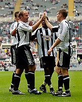 Fotball<br /> England 2005/2006<br /> Foto: SBI/Digitalsport<br /> NORWAY ONLY<br /> <br /> Newcastle United v ZTS Dubnica, Intertoto Cup. 23/07/2005.<br /> Newcastle's Alan Shearer celebrates with corner taker James Milner after scoring.
