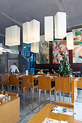 Thonglor (Sukhumvit Soi 55), at this time Bangkok's most fashionable area. Scoozi Pizzeria and Italian restaurant.