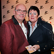 NLD/Amsterdam/20101228 - Inloop The voice of Holland 2010 concert, ouders Ben Saunders