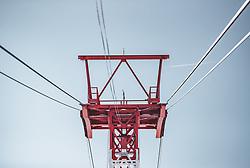 THEMENBILD - eine rot weiß rote Seilbahnstütze vor blauem Himmel, aufgenommen am 10. November 2019, Kaprun, Österreich // a red and white red cable car support in front of a blue sky on 2019/11/10, Kaprun, Austria. EXPA Pictures © 2019, PhotoCredit: EXPA/ Stefanie Oberhauser