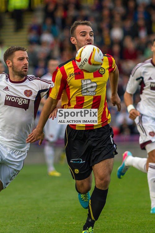 Sean Welsh controls the ball for Partick Thistle against Hearts (c) ROSS EAGLESHAM | StockPix.eu