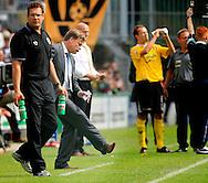 27-05-2007: Voetbal: VVV Venlo - RKC Waalwijk: Venlo<br /> RKC Waalwijk is gedegradeerd naar de Jupiler League.<br /> Mark Wotte schopt uit woede tegen de grond nadat VVV net op 2-0 is gekomen<br /> foto : Geert van Erven