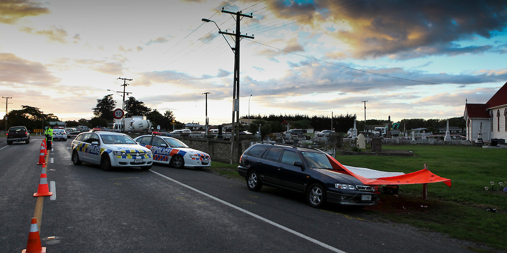 The scene of a fatal police shooting, Fernhill, New Zealand, Monday 28 March, 2011 Credit:SNPA / John Cowpland