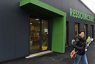 15/03/16 - SAINT AMANT ROCHE SAVINE - PUY DE DOME - FRANCE - La Ressourcerie met en œuvre des modes de collecte des dechets (encombrants, DIB...) qui preservent leur etat en vue de les valoriser prioritairement par reemploi/reutilisation puis recyclage  - Photo Jerome CHABANNE