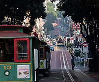 San Francisco, 20171012:  Reiser i San Francisco. Litt gatefoto og turist. Alltid populært å reise med Cable-Car.  FOTO:  TOM HANSEN