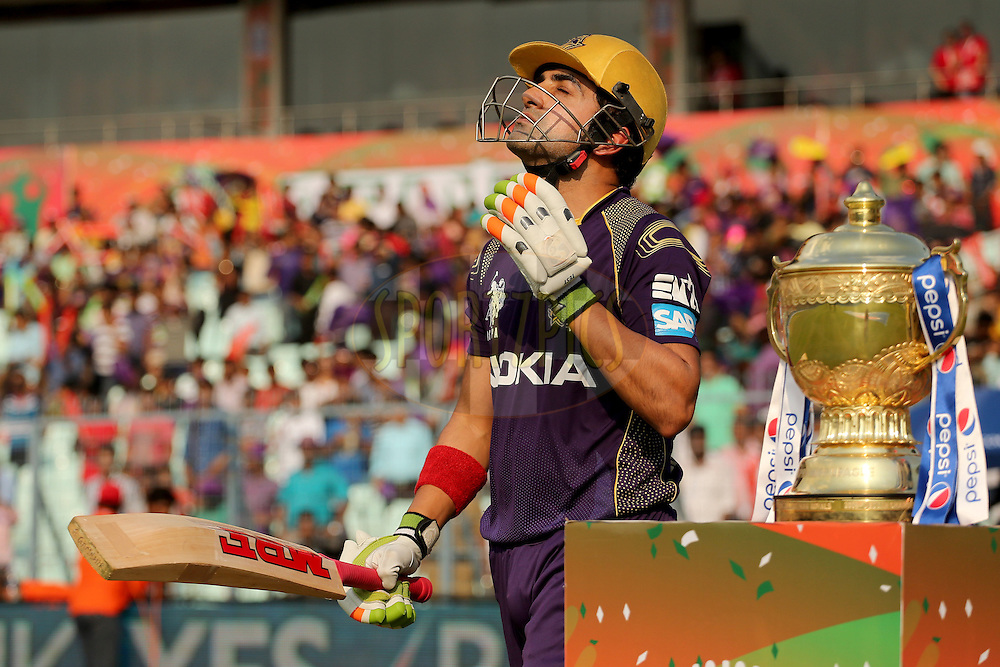 Opening batsman Gautam Gambhir running out onto the field during the first qualifier match (QF1) of the Pepsi Indian Premier League Season VII 2014 between the Kings XI Punjab and the Kolkata Knight Riders held at Eden Gardens Cricket Stadium, Kolkata, India on the 28th May 2014. Photo by Jacques Rossouw / IPL / SPORTZPICS<br /> <br /> <br /> <br /> Image use subject to terms and conditions which can be found here:  http://sportzpics.photoshelter.com/gallery/Pepsi-IPL-Image-terms-and-conditions/G00004VW1IVJ.gB0/C0000TScjhBM6ikg