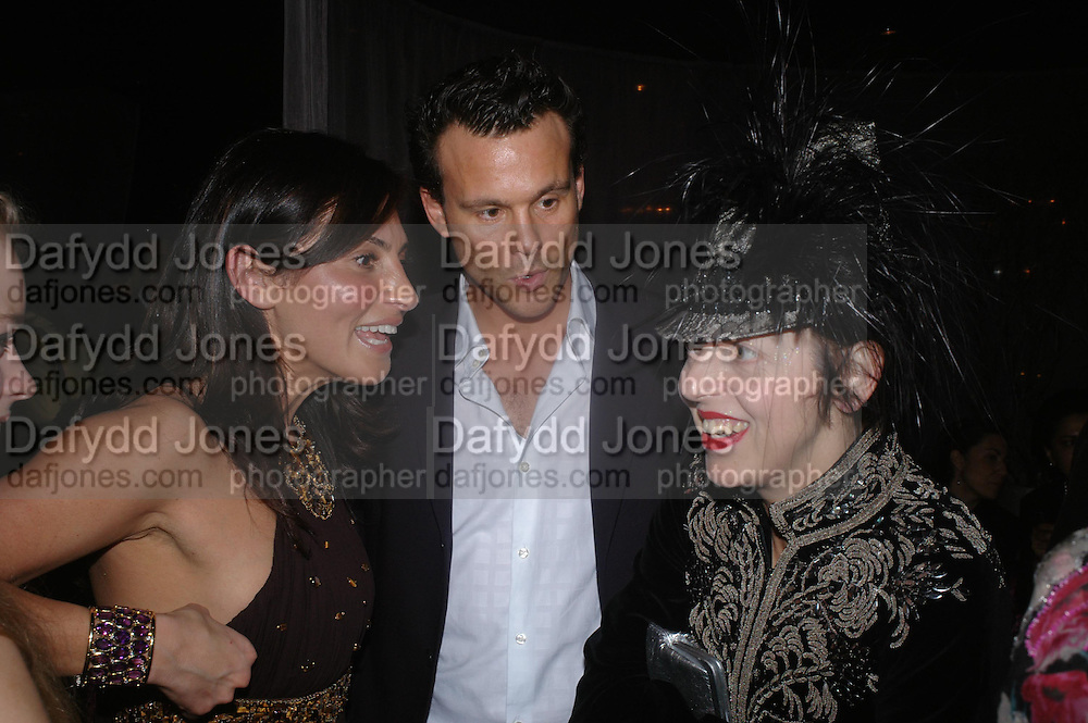 Ella Krasner and Isabella Blow. party given by Daphne Guinness for Christian Louboutin  after the opening of his new shopt.  Baglione Hotel. 16 March 2004.  ONE TIME USE ONLY - DO NOT ARCHIVE  © Copyright Photograph by Dafydd Jones 66 Stockwell Park Rd. London SW9 0DA Tel 020 7733 0108 www.dafjones.com