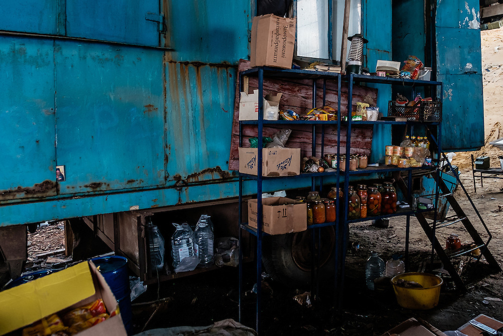 Food storage at one of the main checkpoint in Pisky. All this food is supply by volunteers like the 3 man I accompanied on the 3 of April 2015. Without these braves man and woman, the soldiers would greatly suffer from starving.