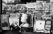 Italia, 2004, dal libro Ci resta il nome. Predappio (Forlì). Edicola. Newspaper kiosk. arte, arts, cultura, culture, monument, monumento, sito storico, heritage site