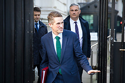 © Licensed to London News Pictures. 16/01/2018. London, UK. Defence Secretary Gavin Williamson leaves Downing Street after the weekly Cabinet meeting. Photo credit: Rob Pinney/LNP