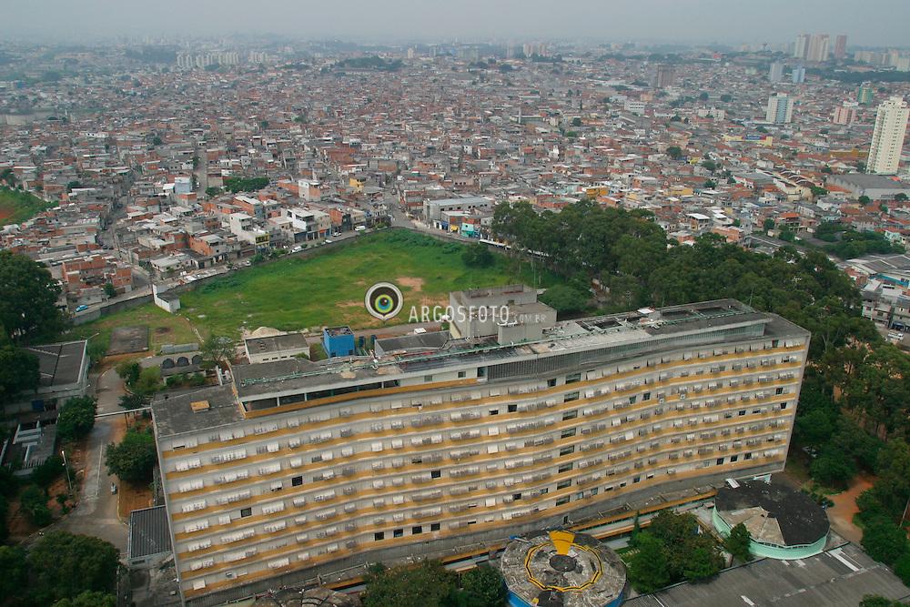 Sao Paulo,SP,Brasil. 19/03/2004.Favela de Heliopolis, zona sul da cidade. Hospital Heliopolis./  Heliopolis Slum, south region of the city. Heliopolis Hospital..Foto Marcos Issa/Argosfoto