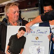 """NLD/Volendam/20120809 - CD presentatie en Gouden Plaaat Jan Smit """" Vrienden"""", Thomas Tol"""