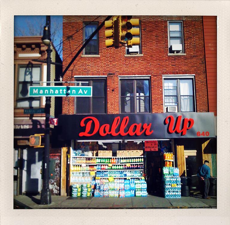iPhone Picture shot in  New York City by Stefan Falke..Photo © Stefan Falke