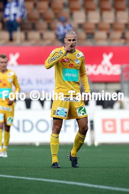 30.08.2010, Sonera Stadion Helsinki..Veikkausliiga 2010, FC HJK Helsinki - IFK Mariehamn..Sasha Anttilainen - IFK Mhamn.©Juha Tamminen.