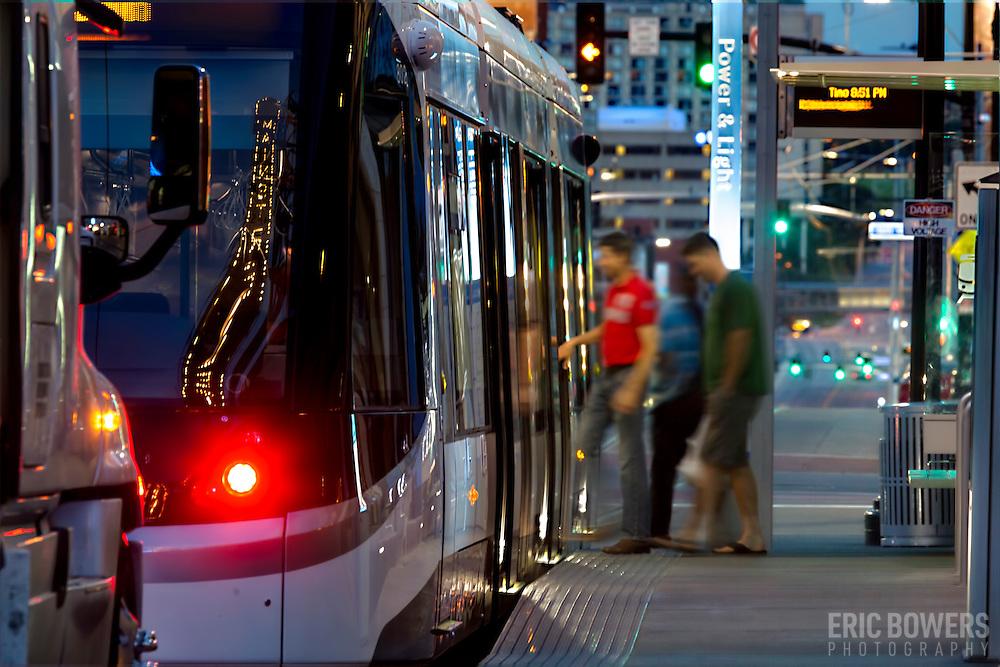 Passenger boarding of the Kansas City Streetcar