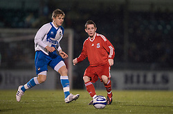 BRISTOL, ENGLAND - Thursday, January 15, 2009: Liverpool's Adam Pepper in action against Bristol Rovers during the FA Youth Cup match at the Memorial Stadium. (Mandatory credit: David Rawcliffe/Propaganda)