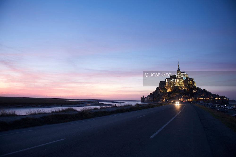 Mont Saint Michel' Abbey at night