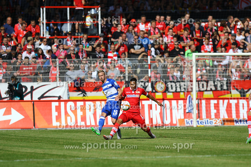 26.09.2015, Alte Foersterei, Berlin, GER, 2. FBL, 1. FC Union Berlin vs MSV Duisburg, 9. Runde, im Bild Zweikampf zwischen Thomas Meissner (#25, MSV Duisburg) und Bobby Wood (#15, FC Union Berlin) // SPO during the 2nd German Bundesliga 9th round match between 1. FC Union Berlin and MSV Duisburg at the Alte Foersterei in Berlin, Germany on 2015/09/26. EXPA Pictures &copy; 2015, PhotoCredit: EXPA/ Eibner-Pressefoto/ Hundt<br /> <br /> *****ATTENTION - OUT of GER*****