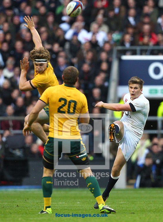 Picture by Paul Terry/Focus Images Ltd +44 7545 642257<br /> 02/11/2013<br /> Owen Farrell ( R ) of England in action during the QBE Internationals  match at Twickenham Stadium, Twickenham.