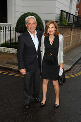 MR & MRS SIMON REUBEN at the annual Sir David & Lady Carina Frost Summer Party in Carlyle Square, London SW3 on 5th July 2007.<br /><br />NON EXCLUSIVE - WORLD RIGHTS