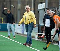 BLOEMENDAAL - Arbitrage hockey competitiewedstrijd Bloemendaal MB1-Zwolle MB1 (2-2).     COPYRIGHT KOEN SUYK