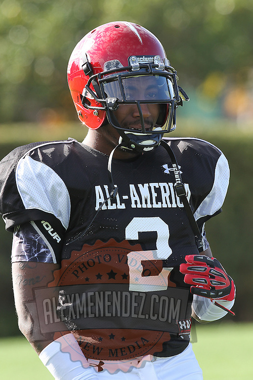 De'Ante Saunders during the practice session at the Walt Disney Wide World of Sports Complex in preparation for the Under Armour All-America high school football game on December 3, 2011 in Lake Buena Vista, Florida. (AP Photo/Alex Menendez)