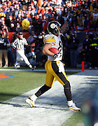 DENVER - JANUARY 22:  Hines Ward #86 of the Pittsburgh Steelers celebrates after catching a 17 yard touchdown pass in the AFC championship game against the Denver Broncos on January 22, 2006 at INVESCO Field at Mile High in Denver, Colorado. The Steelers defeated the Broncos 34-17. ©Paul Anthony Spinelli *** Local Caption *** Hines Ward