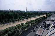 "France. Paris. elevated view. Paris The Invalides, the place de la Concorde, the eiffel tower, and the tuilerie garden. View from the ""Hôtel Brighton"""