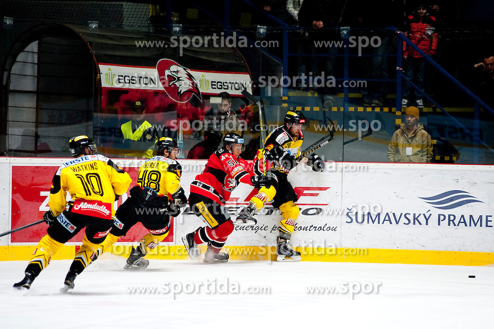 18.01.2015, Ice Rink, Znojmo, CZE, EBEL, HC Orli Znojmo vs UPC Vienna Capitals, 40. Runde, im Bild v.l. Matt Watkins (UPC Vienna Capitals) Florian Iberer (UPC Vienna Capitals) Jan Seda (HC Orli Znojmo) Andreas Nodl (UPC Vienna Capitals) // during the Erste Bank Icehockey League 40th round match between HC Orli Znojmo and UPC Vienna Capitals at the Ice Rink in Znojmo, Czech Republic on 2015/01/18. EXPA Pictures © 2015, PhotoCredit: EXPA/ Rostislav Pfeffer