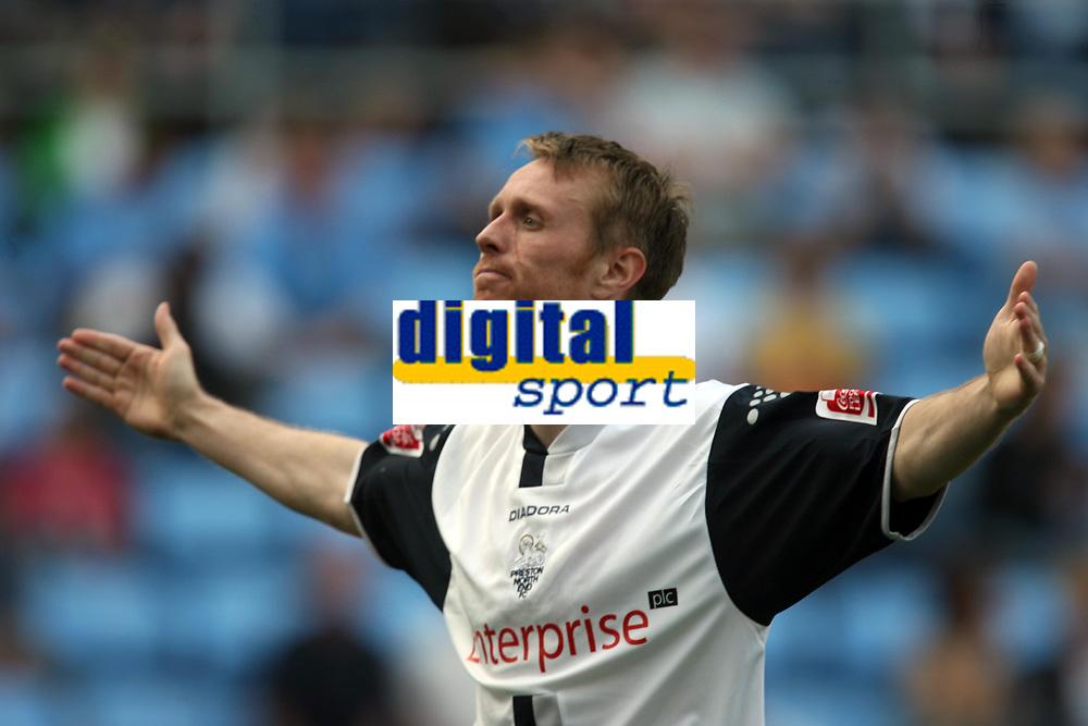 Photo: Rich Eaton.<br /> <br /> Coventry City v Preston North End. Coca Cola Championship. 14/04/2007. Brett Ormerod of Preston celebrates scoring his teams 3rd goal